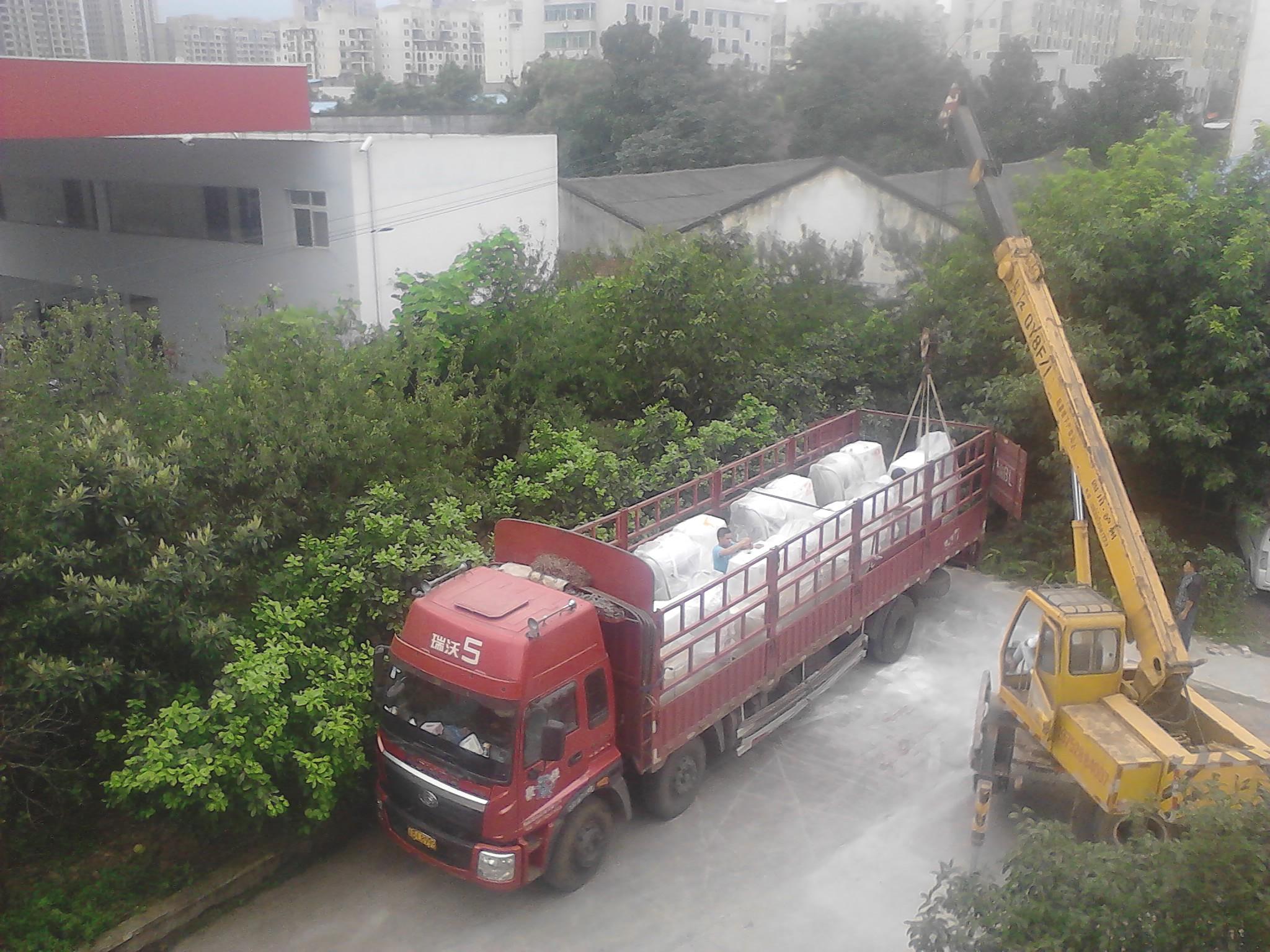 浙江客户砂磨机发货现场